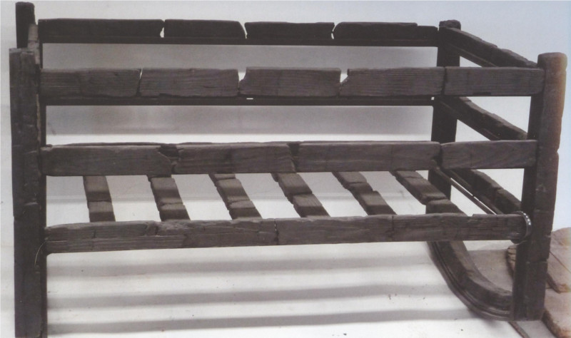 bensozia Roman Furniture from Herculaneum