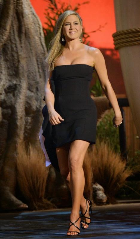 Sexy Photos Jennifer Aniston 43