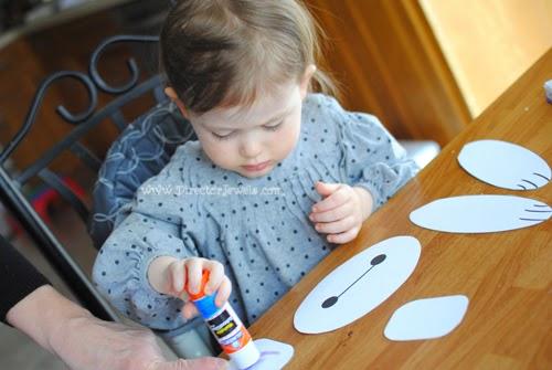 Disney Big Hero 6 Baymax Easy DIY Toddler Craft Paper Bag Puppet Tutorial