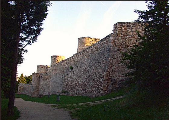 burgos_imagen_castillo_fortaleza_muralla_cerro_ciudad