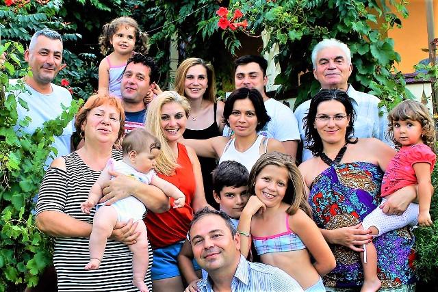 Familia DOBOSERU in 2017 , la Armasoaia