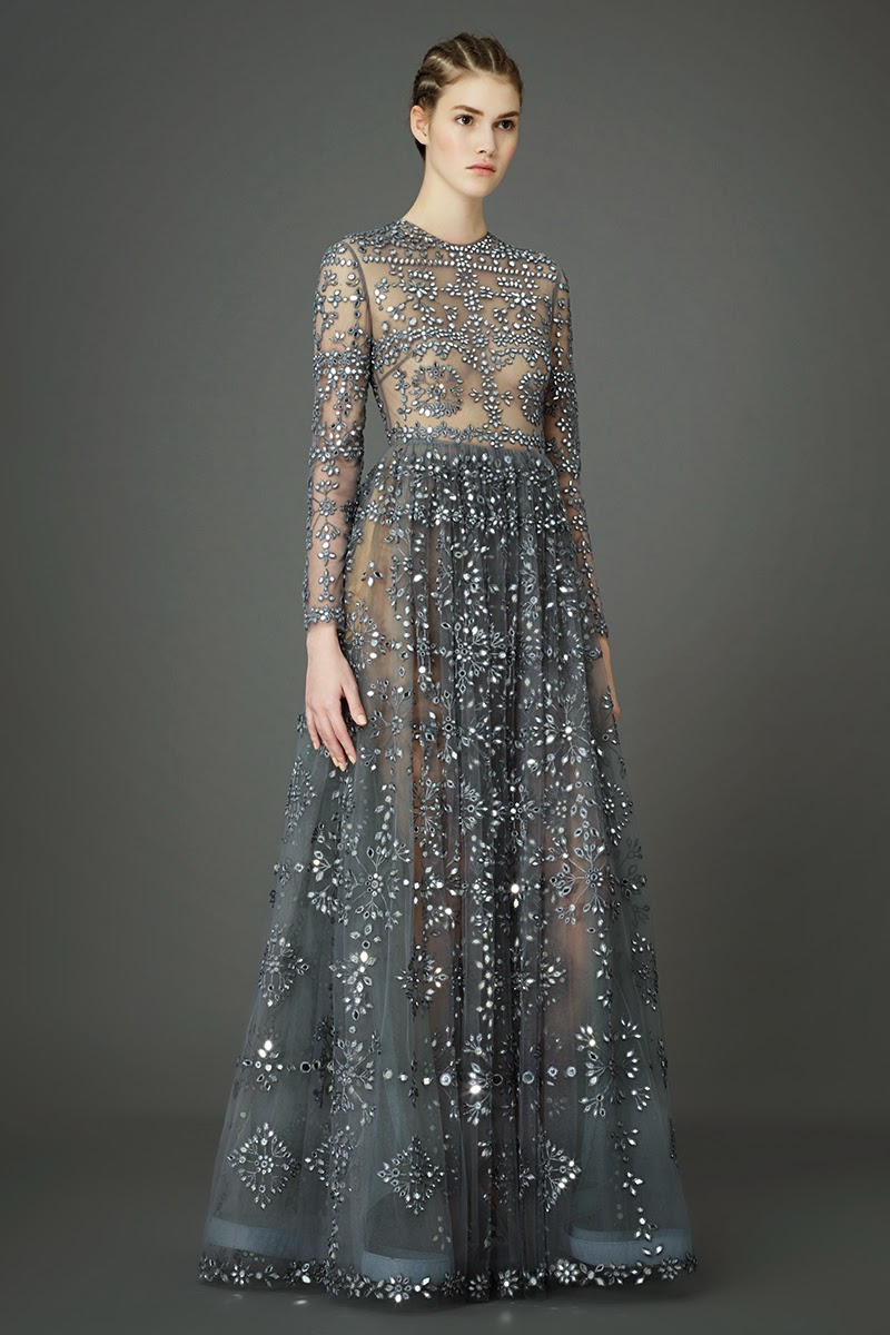Modest dresses by Valentino pre-fall 2015 collection | Mode-sty #nolayering tznius tzniut jewish orthodox muslim islamic pentecostal mormon lds evangelical christian apostolic mission clothes Jerusalem trip hijab fashion modest