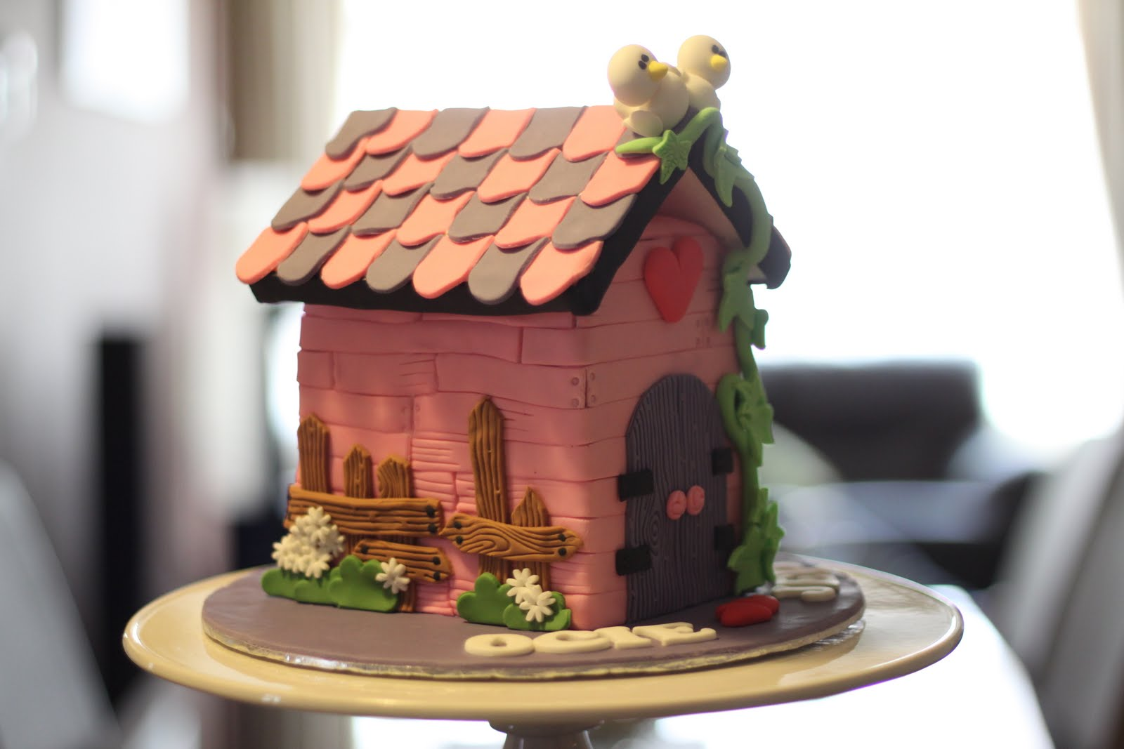 how to build a cake house