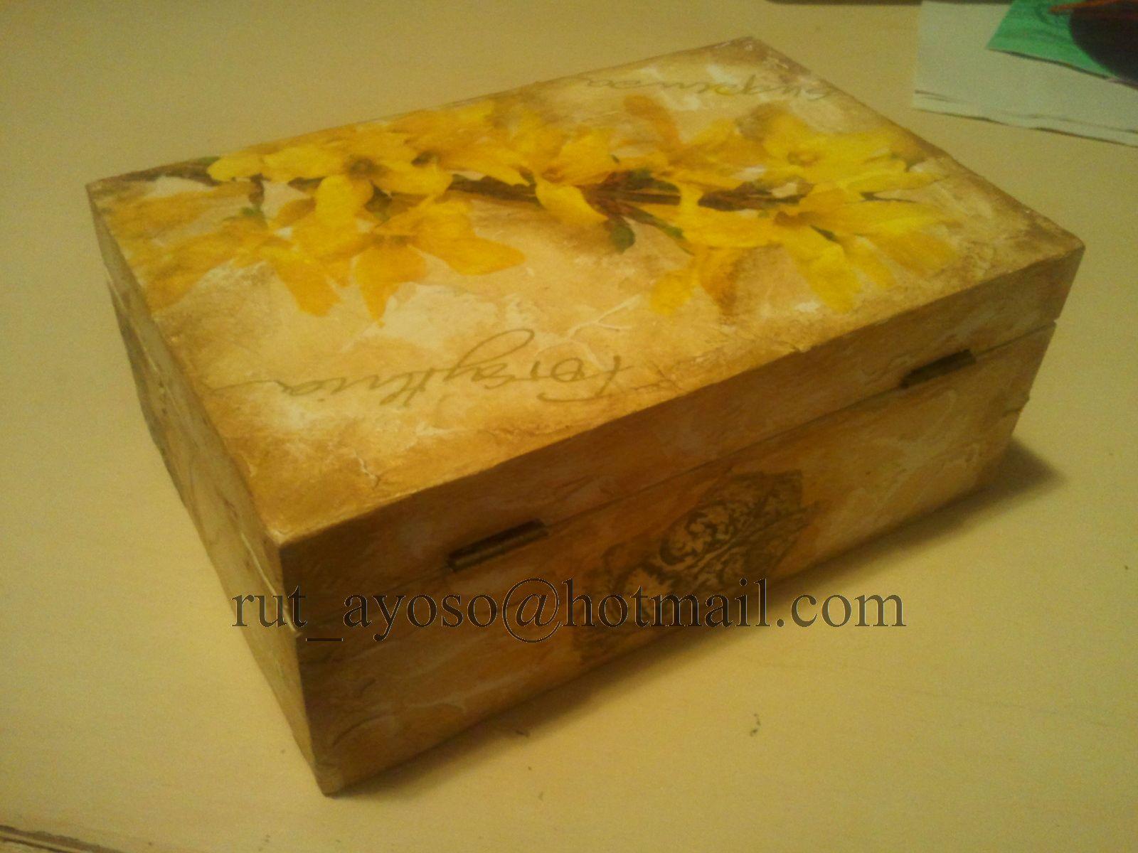 Cuqui y sus manualidades caja de madera r stica - Cajas de madera manualidades ...