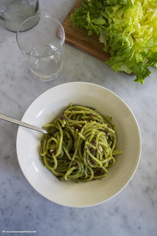 spaghettoni con crema di scarola