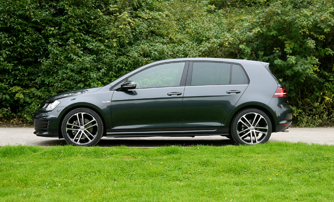 Volkswagen Golf 7 GTD side on