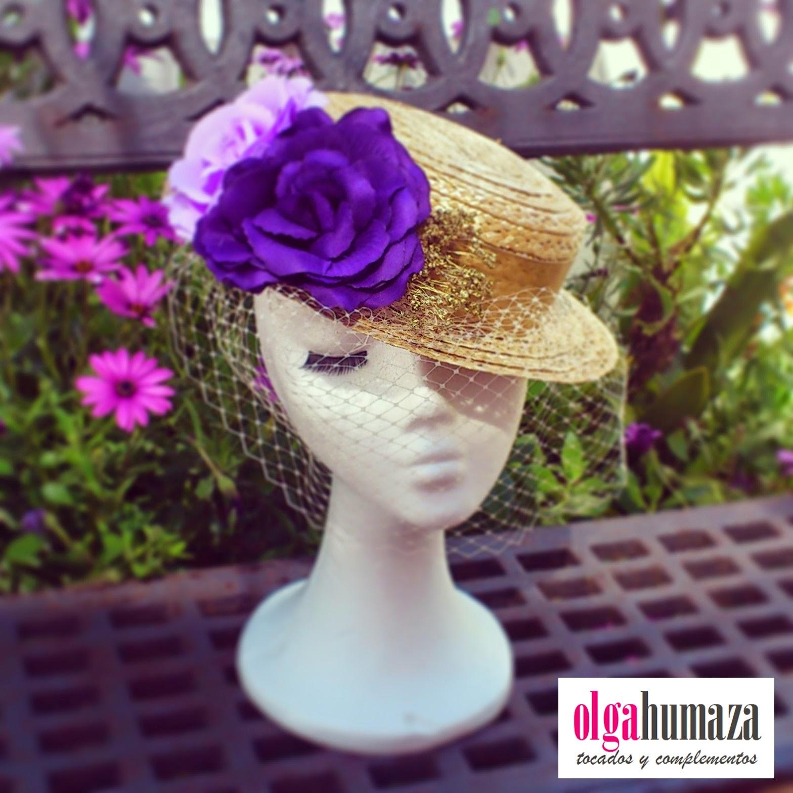 http://olgahumaza.blogspot.com.es/2014/04/b24-tocado-sombrero-canotier-flores.html