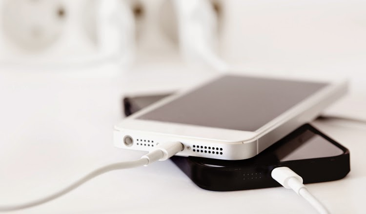 Tips_faster_Smartphone_ Battery_Charge