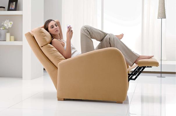 Divani blog tino mariani nuove poltrone relax manuali - Posizioni nuove a letto ...