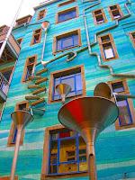 بالصور : منزل  ألماني  يصدر الموسيقى عند هطول الامطار
