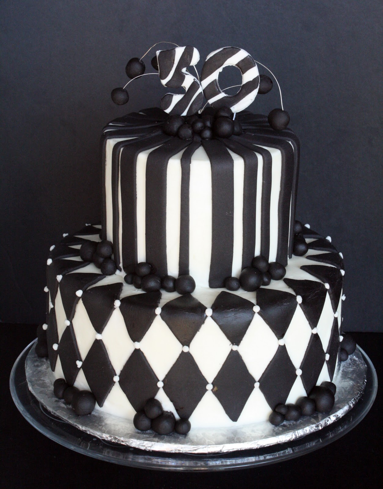 Birthday Cake Pictures Black And White : Black & White 50th Birthday Cake