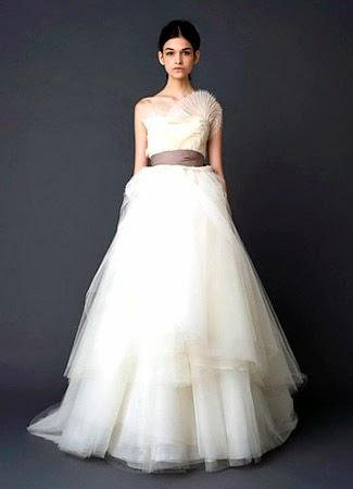 gaun pengantin modern simple