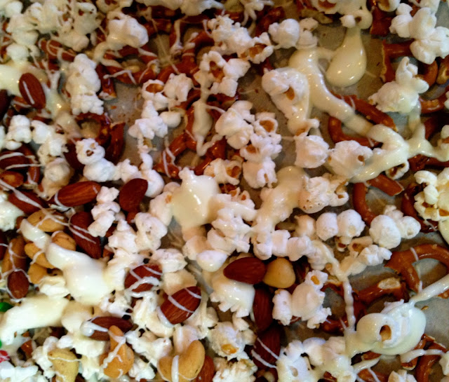 Pretzel, popcorn, mini M&M's and vanilla candy mix