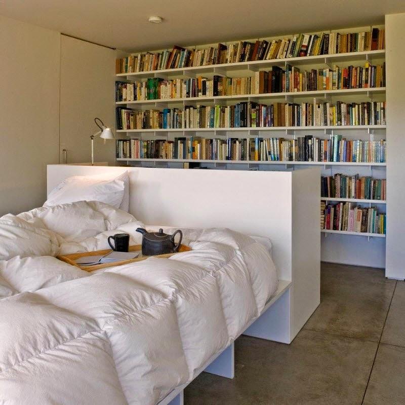 Ruang Tidur Minimalis Dengan Rak Buku Di dalamnya 2