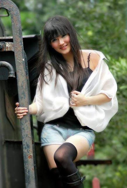 Wanita Cantik Dari Model Fotografi