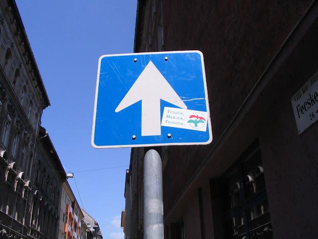 matrica, Budapest, Hungary, VIII. kerület, Magyarország, Szabad Demokraták Szövetsége, SZDSZ, street art