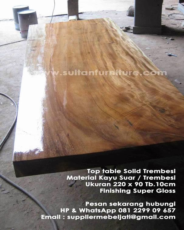 Meja Minimalis Trembesi Untuk Ruang Makan FInishing Super Glossy Jepara Furniture Mebel Solid Indonesia