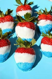 Red, White and Blue Chocolate-dipped Strawberries