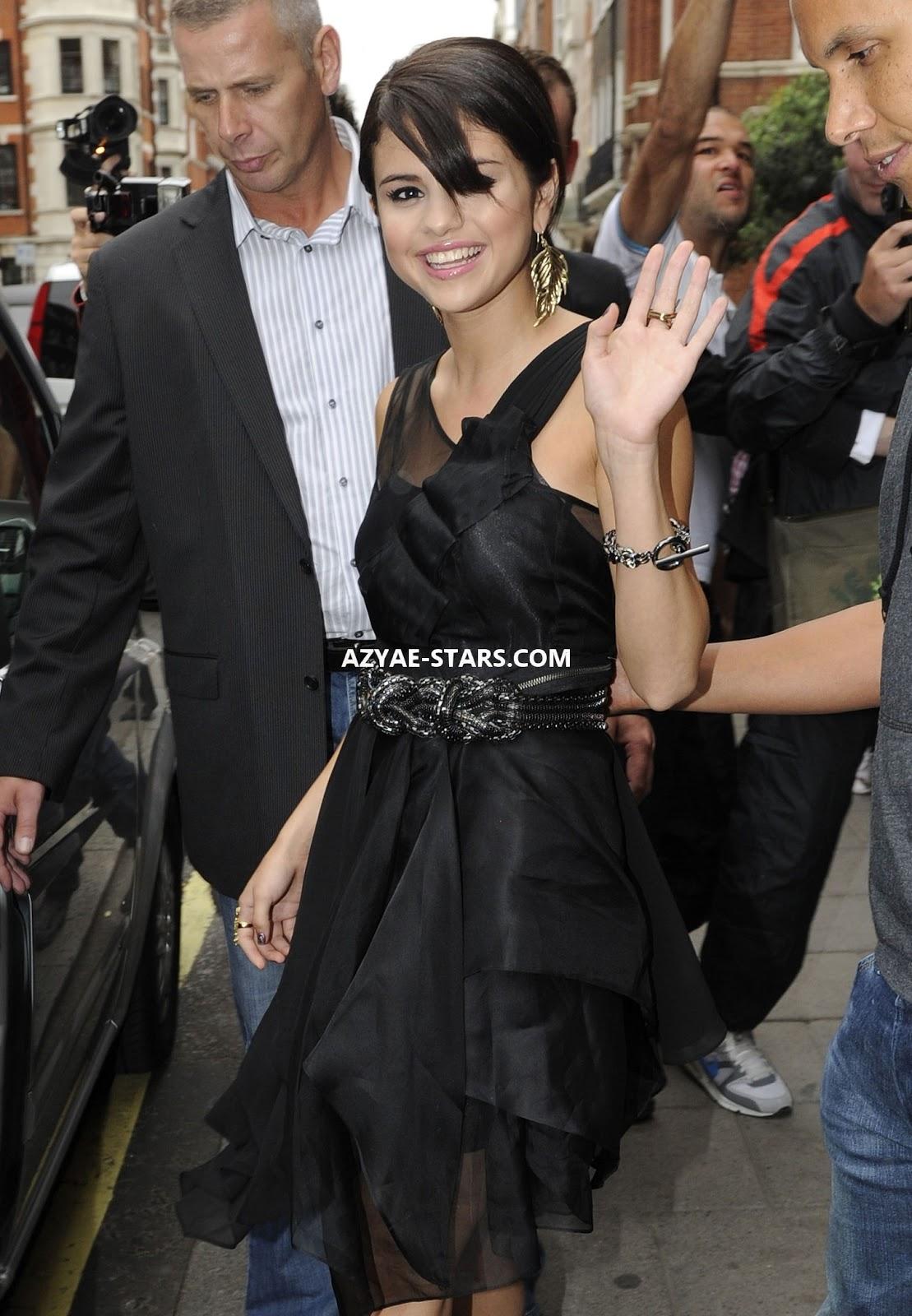 http://4.bp.blogspot.com/-VoZQmuZ1EdI/UNxZ3hjSrDI/AAAAAAAAJ6Y/wb8pMNKK2Vo/s1600/Selena+Gomez+in+Black+Dress+Leaves+Her+Hotel+in+London-01.jpg