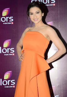 gauhar khan  at colors leadership awards 2015 5.jpg