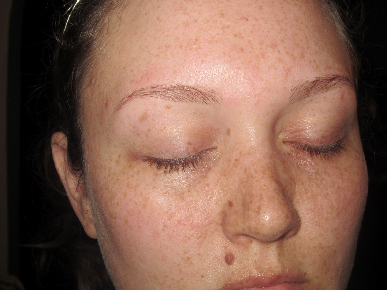 The above photo is before any makeup and after I had applied a light moisturizer. I have some dry trouble spots on my face and I like to use a moisturizing ...