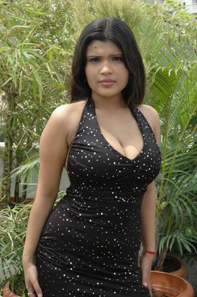 Thanuja Weerasooriya Nude Photos 1