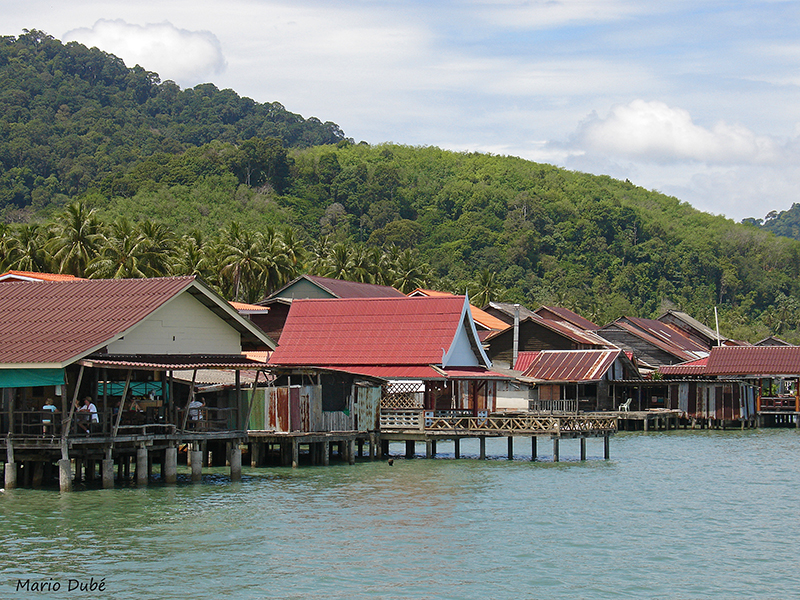 Maisons sur pilotis à Ko Lanta