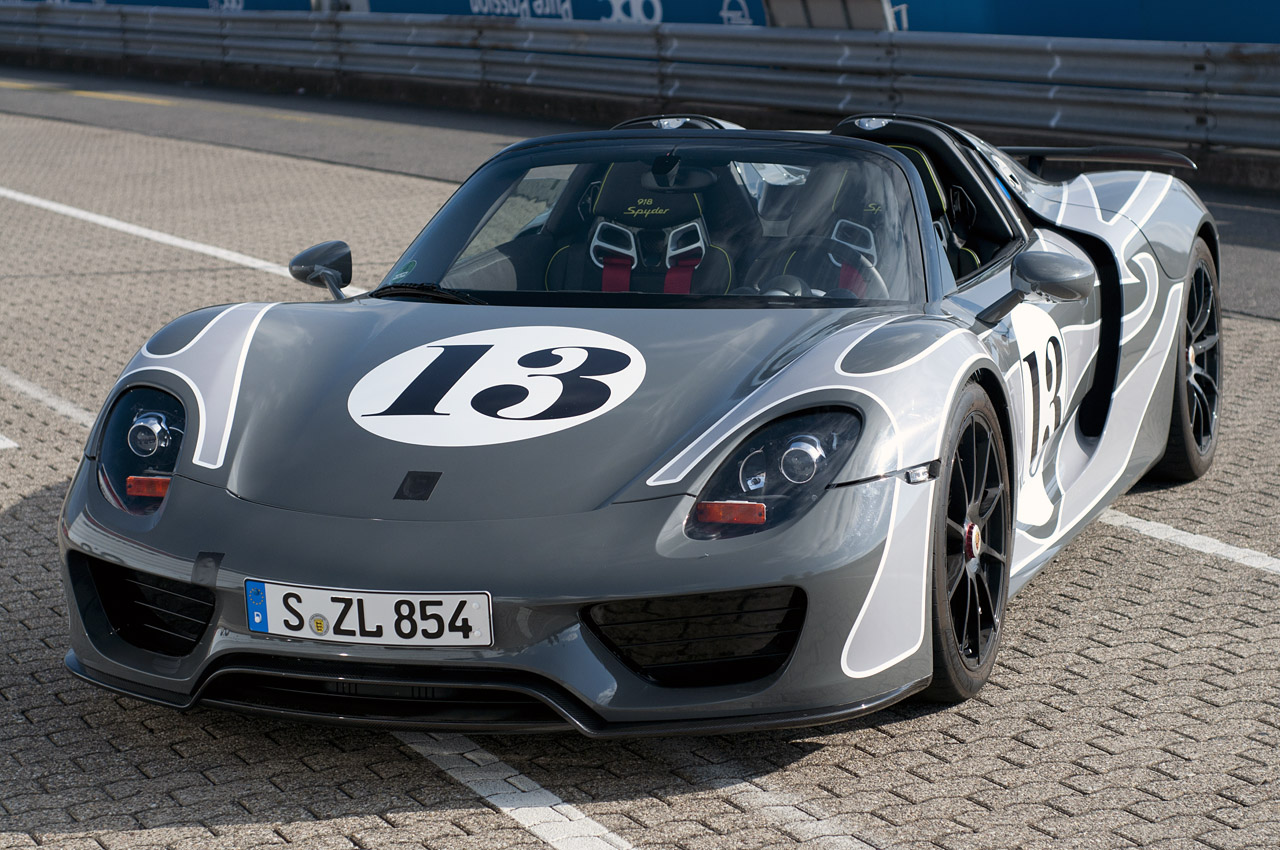 2014 Porsche 918 Spyder Deep Dive Photos Photo