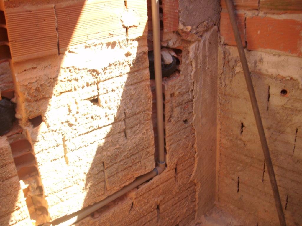 Saga do Banheiro III Construindo Nossa House #B29019 1024x768 Banheiro Com Cheiro De Esgoto O Que Fazer