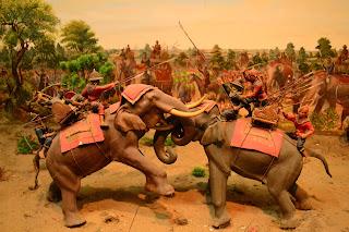 รูปภาพแสดงยุทธหัตถี ดอนเจดีย์ สุพรรณบุรี