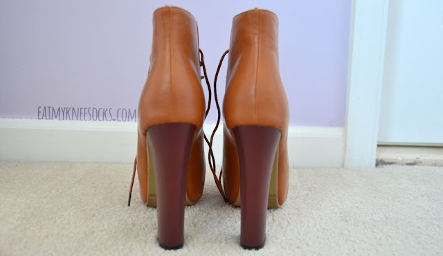 Milanoo's high-heel platform camel booties have lovely dark brown wooden soles and a lace-up front.
