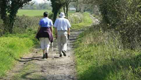 Berjalan Kaki Untuk Menurunkan Berat Badan