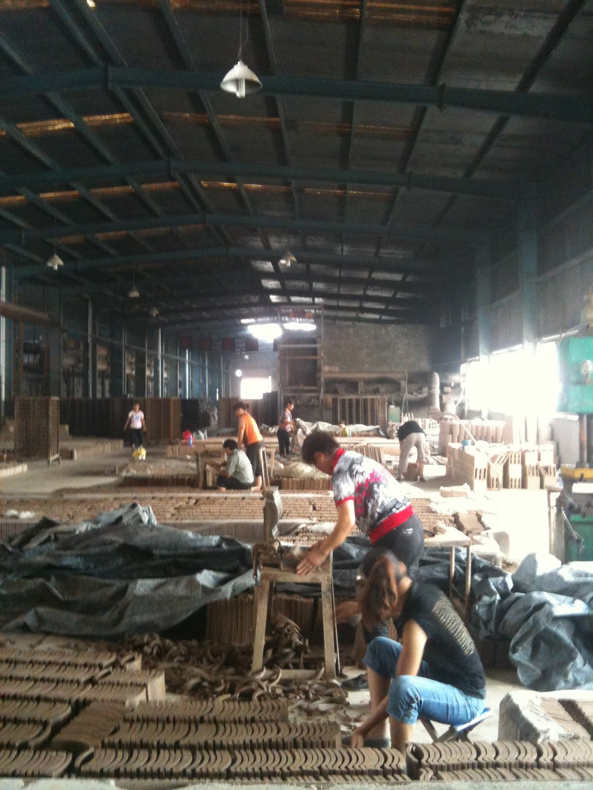 Irish Ceramic Art China: The brick and tile factory in production