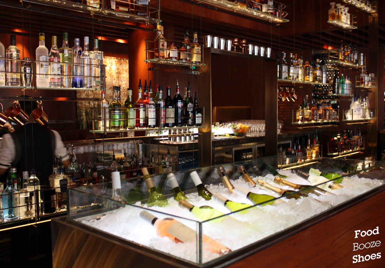 Food booze and shoes go with the grain bar four seasons for Food bar sydney