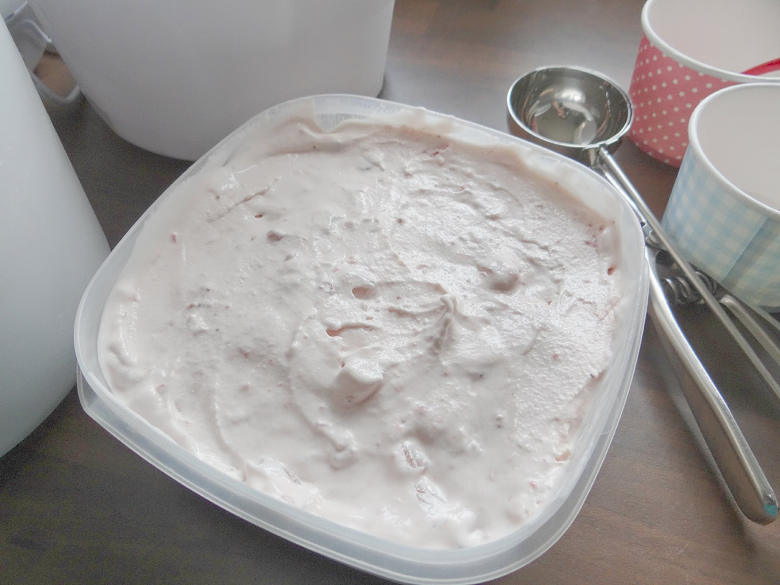 Ice-cream maker, Which? Guide recommended Ice-cream maker, Homemade strawberry Ice-Cream