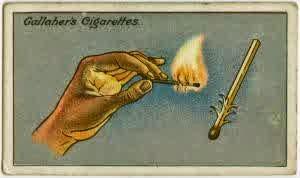 6. Cara Menyalakan Korek Api Saat Ada Angin