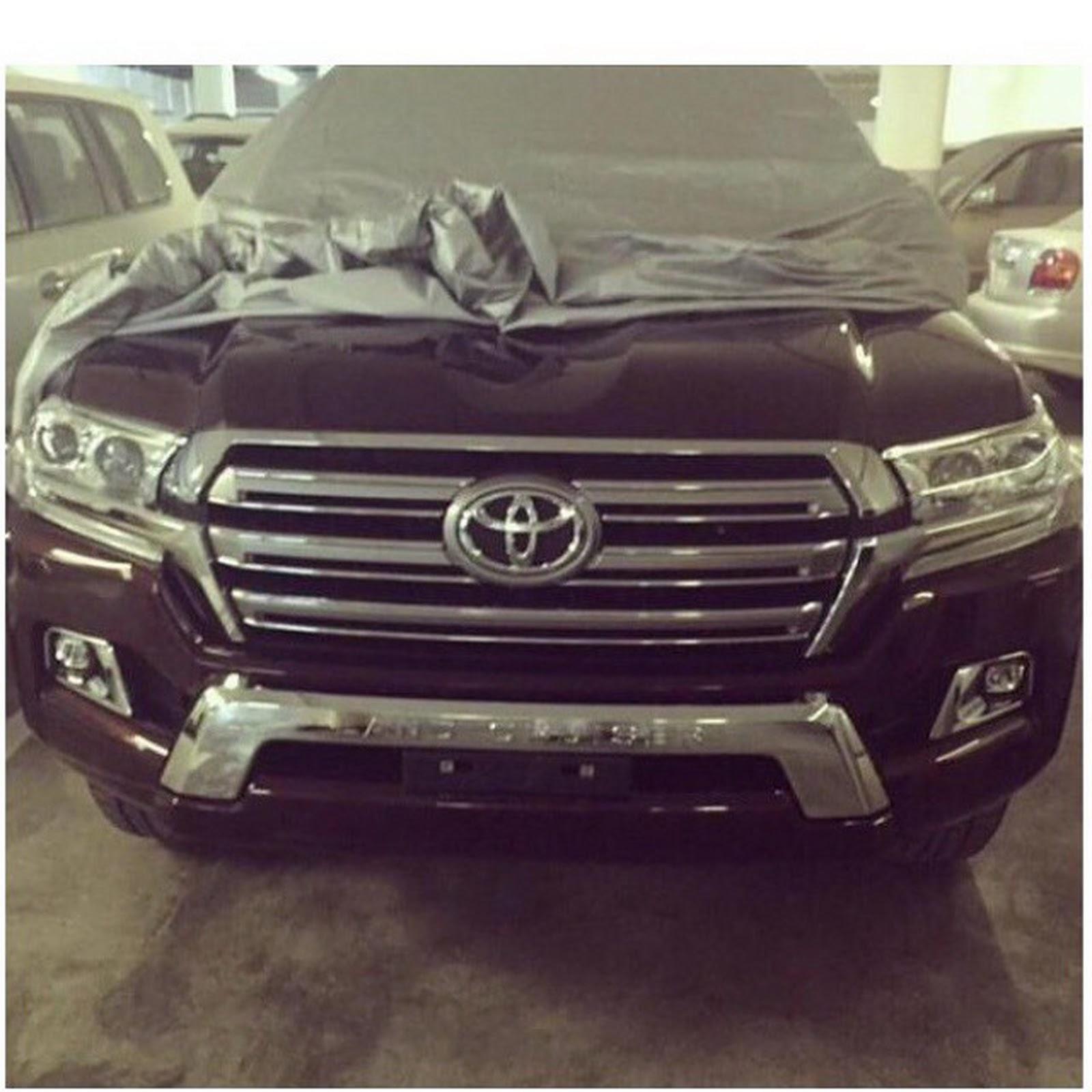 2011 - [Toyota] Land Cruiser SW  2016-Toyota-LC4