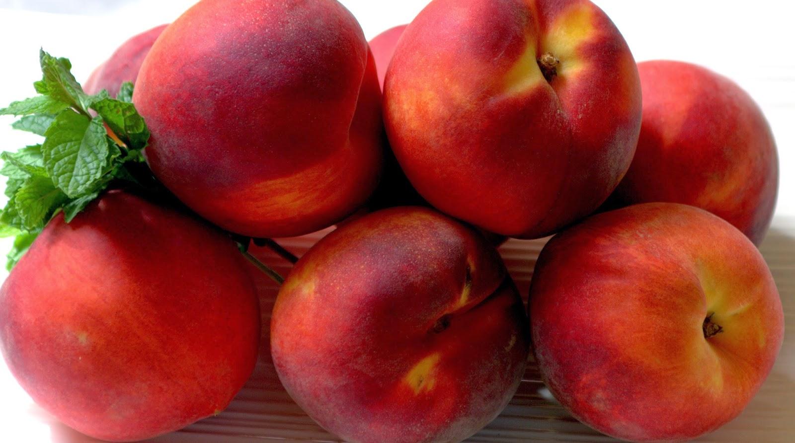 how to cut a clingstone peach