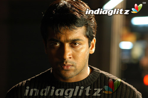 Surya in 'Ghajini' Movie 5