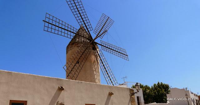 Alf esculturas y monumentos molinos de viento en palma - Construcciones bibiloni palma ...