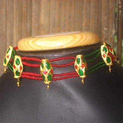 Traditional Jewelry Designs of Assam Region, a state of India, where many things are popular and famous like river, tea gardens, a big festival, greenery, wildlife, hottest chili, ... but it is also popular for its traditional jewelry. Let us look some Assamese Jewelry Designs which are designed at main hub of making designs Jorhat.