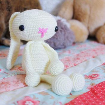 Amigurumi Floppy Ear Bunny : 2000 Free Amigurumi Patterns: Floppy Bunny Free Crochet ...