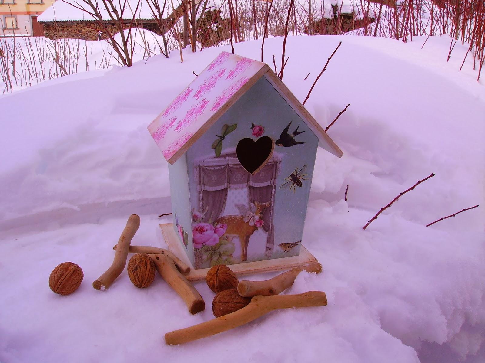 Retazos de madera casitas de pajaros for Casitas de madera para guardar cosas