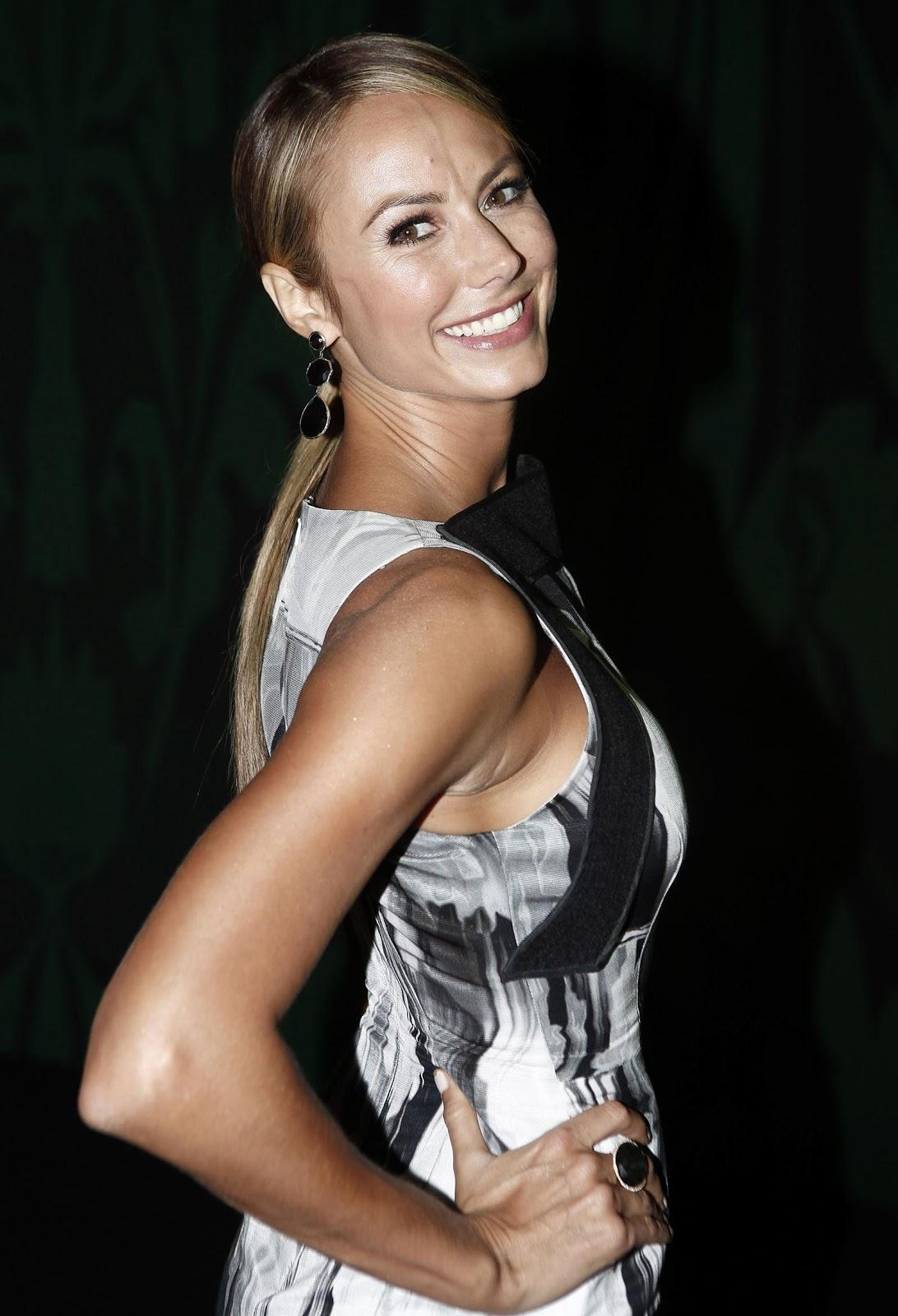 http://4.bp.blogspot.com/-Vs6AxYkC7BY/UYYJEX3EkPI/AAAAAAAAGNU/PN5t7-aV1Js/s1600/Stacy-Keibler-%283%29.jpeg