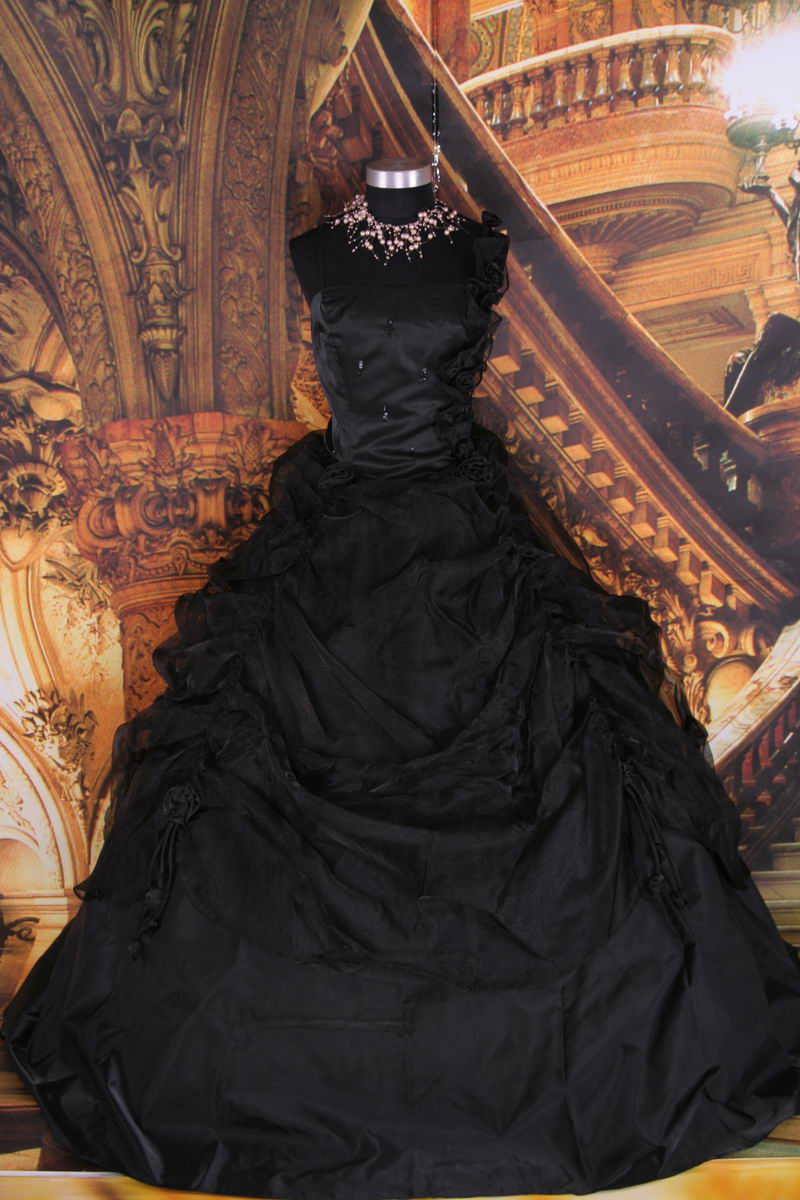 Special weddings party gothic wedding dress gothic for Images of black wedding dresses