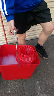 Mopping with a Lightweight Bucket Home Care