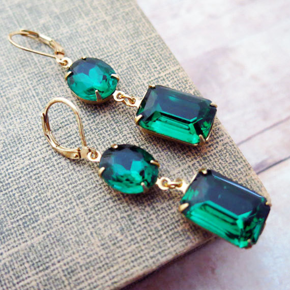 https://www.etsy.com/listing/165994199/emerald-green-earrings-vintage-earrings?ref=shop_home_active_12