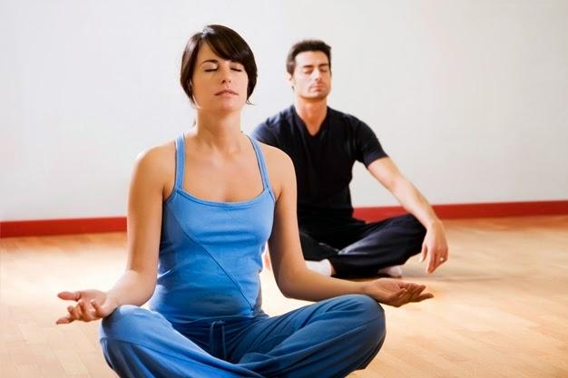 Chữa bệnh dạ dày bằng tập yoga