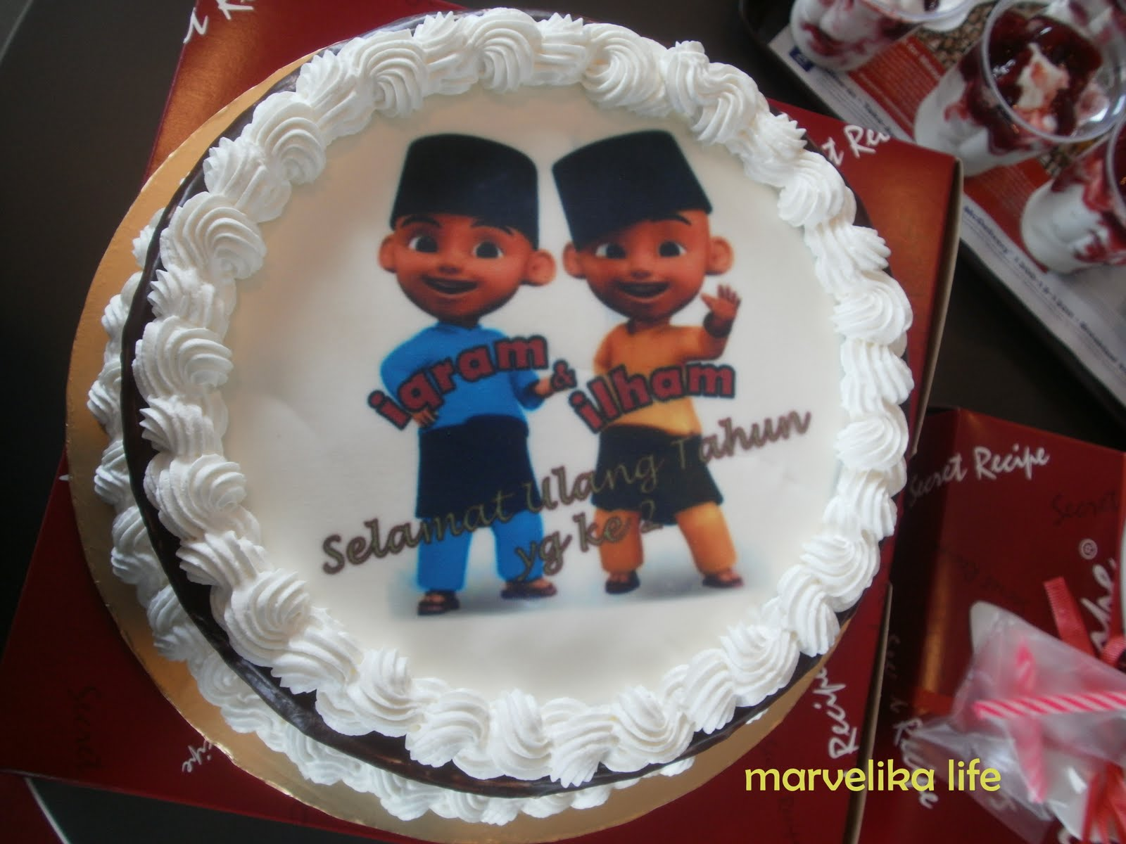 Birthday Cake Images For Younger Brother : Mizuchan  : Twins 2 Years Birthday Celebration~!