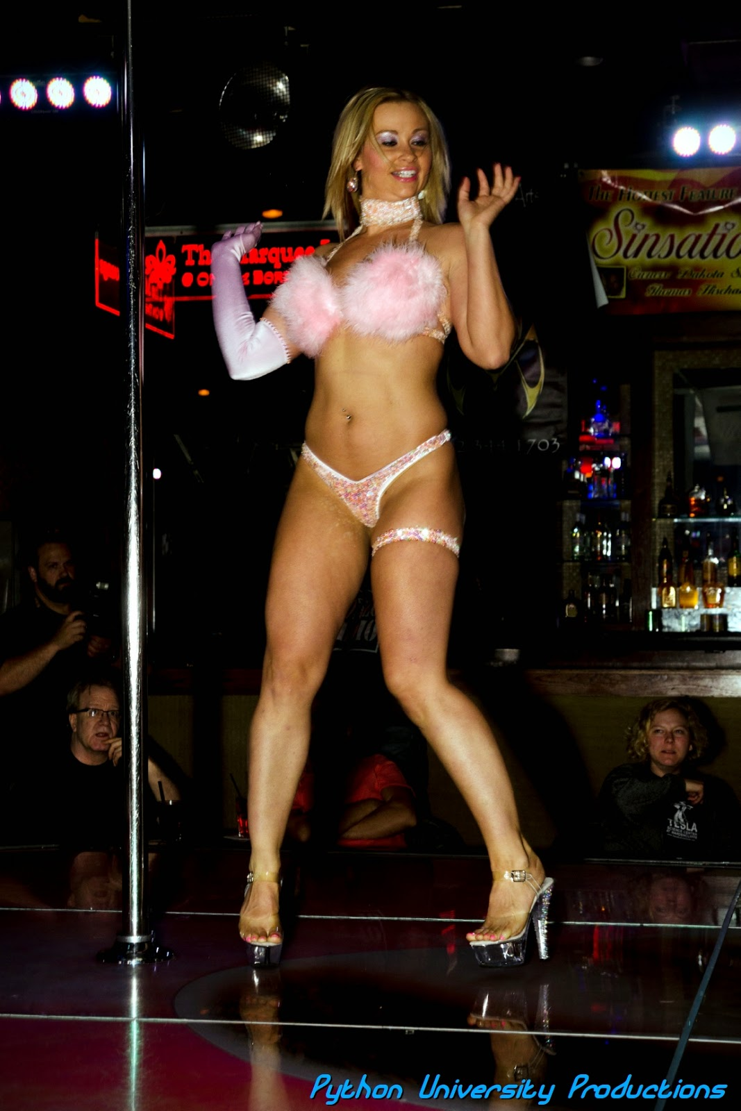 Déjà Vu Showgirls Lansing 3-4-1 Dances